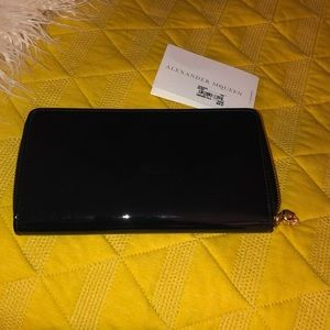 Alexander MQueen wallet